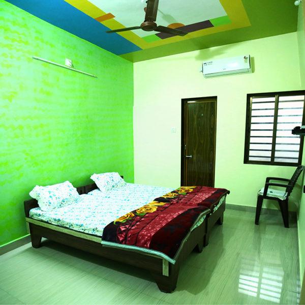 01 Full Room No 4